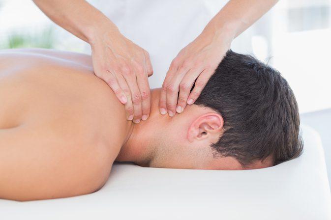 راز بهبودی گردن درد با ماساژ